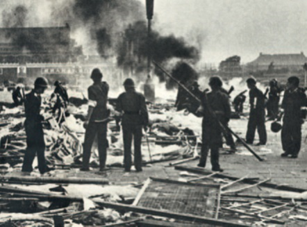 massacre of 1989 and tian an The bloody 1989 crackdown in beijing changed china after 25 years of amnesia, remembering a forgotten tiananmen the bloody 1989 crackdown in beijing changed china the media captured some of the story of the massacre in beijing.
