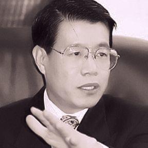 Dr. Wang Bingzhang (王炳章)