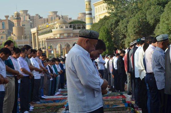 維吾爾祈禱2